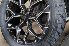 Black-And-Milled-snowflake-replicas_1